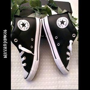 Converse Black Leather Unisex Size 2 NEW